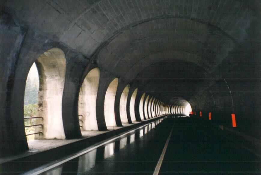 tunnel st bernard